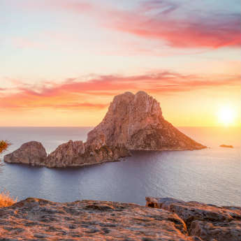 10 Photos That Will Make You Want To Go To Ibiza This Summer