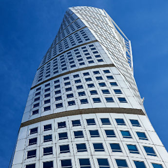 11 Bizarre Skyscrapers You Have To See To Believe