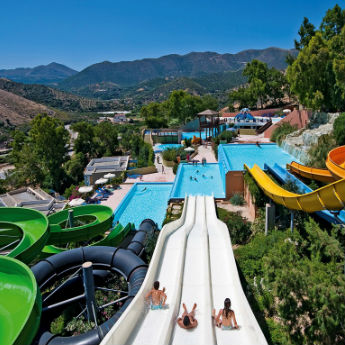 5 Amazing Holiday Hotels With Water Parks