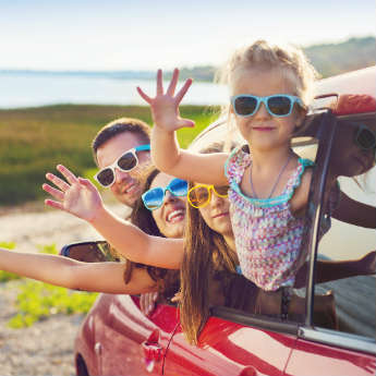 6 Ways To Keep Children Entertained Whilst Travelling