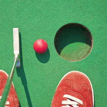 7 Awesome Crazy Golf Courses That Make The Cut!