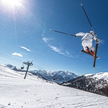 Reasons to Try a Ski Holiday