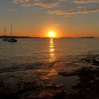 The 7 Stages of an Ibiza Sunset