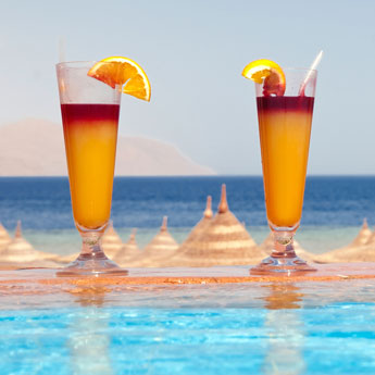 The Perfect Poolside Drinks