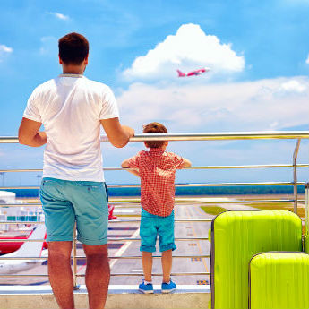 Ways to Entertain Your Kids at the Airport